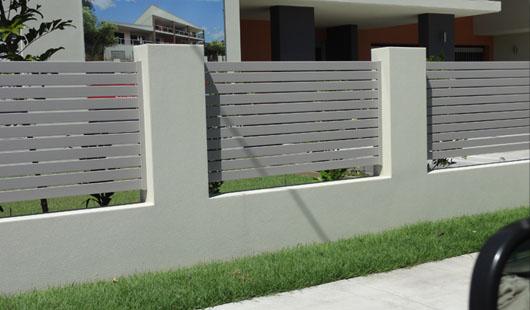 Nundah Horizontal Aluminium Slats Between Block Piers